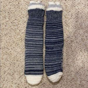 💚 NEVER WORN Thick Blue Slipper Socks